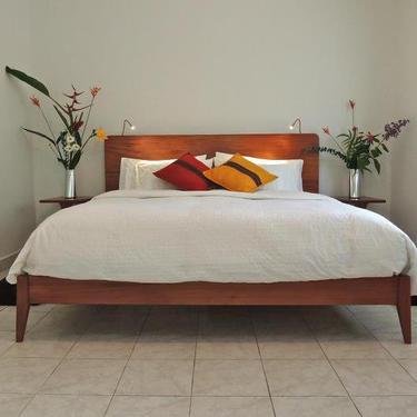 Modern Platform Bed by MarcoBogazziStore