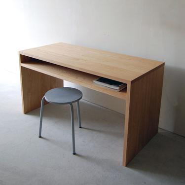 Mid Century Desk. Mid Century Modern Desk. Solid Wood Desk. Computer Desk. Industrial Desk. Modern Office Desk. Modern Writing Desk. by abdobuilds