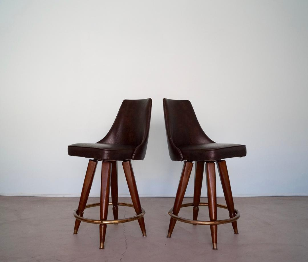 Excellent Pair Of 1960S Mid Century Modern Counter Stools In Naugahyde By Cyclicfurniture From Cyclic Furniture Of Burbank Ca Attic Uwap Interior Chair Design Uwaporg