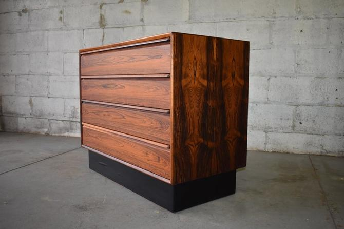 Mid Century Modern Rosewood Dresser by Westnofa