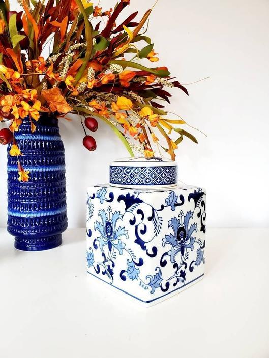 Vintage Blue & White Chinoiserie Storage Jar by pennyportland