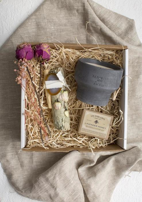 Mother's Day Gift Box No. 2