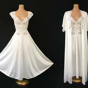 VINTAGE 80s RARE Soft White Olga Peignoir Set | Stretch Nylon Lace Cap Sleeve Nightgown & Robe | Wedding Bridal Lingerie | Small 91460 93060 by IntrigueU4Ever