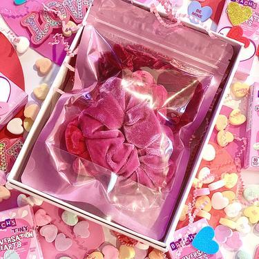 Lipstick Scrunchie Set