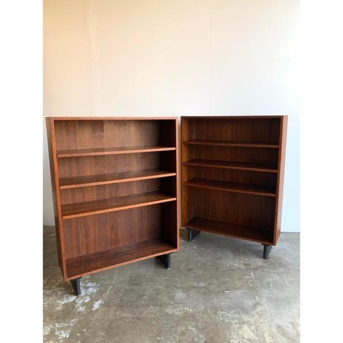1960s Dillingham Style Bookcases - a Pair by VintageOnPoint