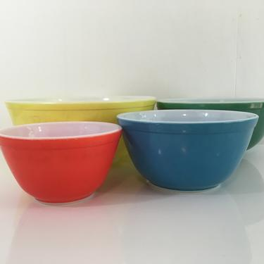Vintage Pyrex Primary Mixing Bowls Set of Four (4) 1950s 404 403 402 401 Yellow Green Blue Red USA Baking Retro Kitchen Nesting Bowl by CheckEngineVintage