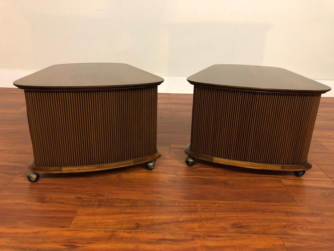 Lane First Edition End Tables Pair by Vintagefurnitureetc