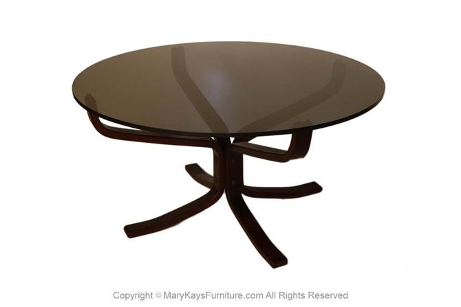 Mid Century Sigurd Resell Rosewood Falcon Coffee Table by Marykaysfurniture