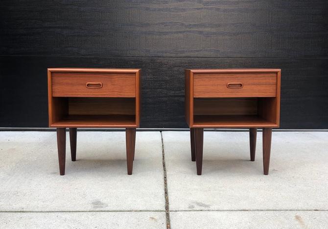 Pair of Vintage Teak Nightstands by BentwoodVintage
