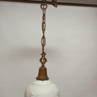 Vintage bell fitting pendent light with beautiful milk glass shade