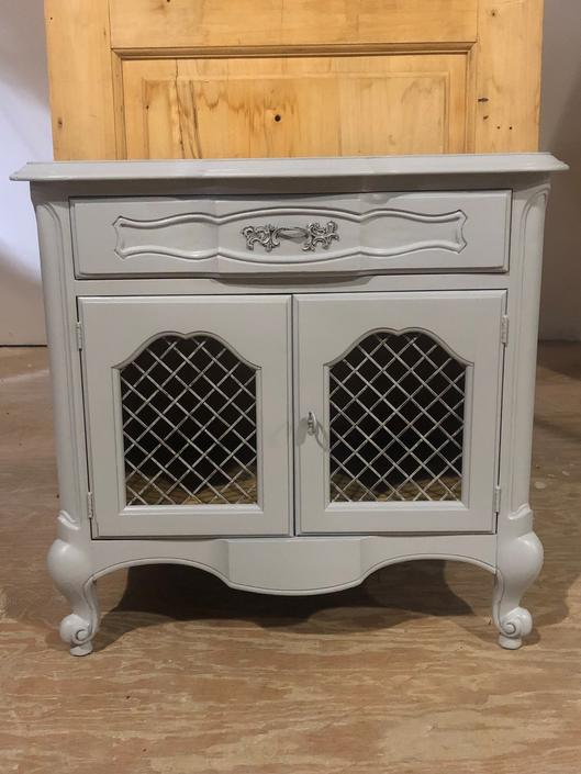 French Provençal Side / End Tables (pair)