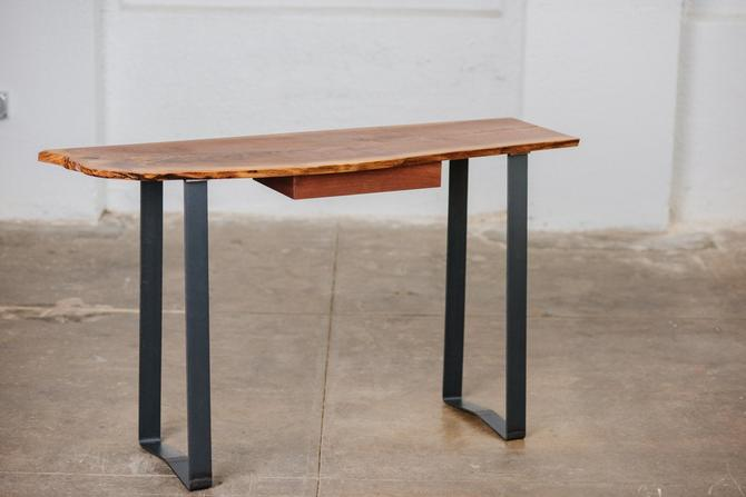 Live Edge Entry Console table by MakersWoodworks