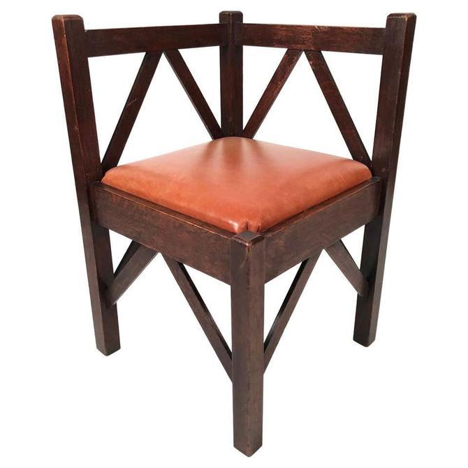 Arts & Crafts Period Oak Corner Chair
