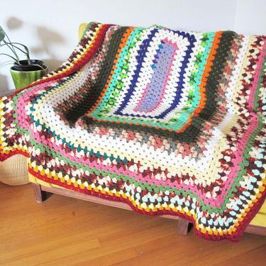Vintage 70s Granny Crochet Throw 56x68 - 1970s Multicolor Crochet Afghan Throw - Vintage Knit Blanket - Boho Blanket by MILKTEETHS