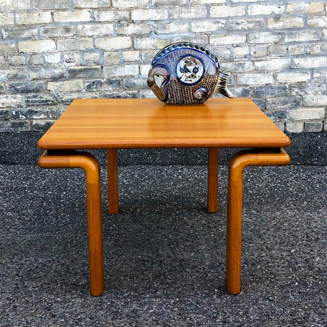 Solid Teak Accent-coffee Table With Floating Top