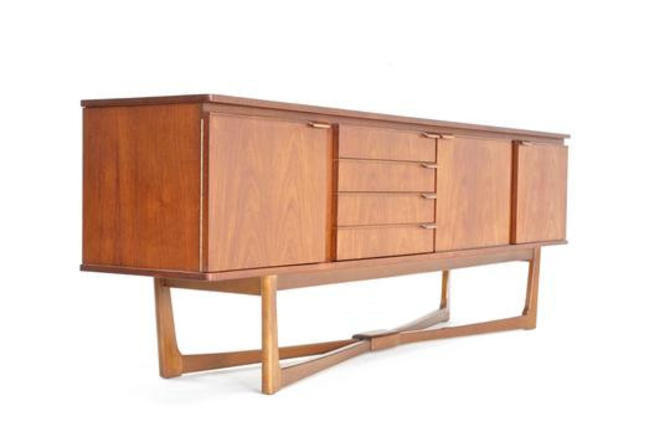 Mid Century Credenza by Stonehill of London. by SputnikFurnitureLLC