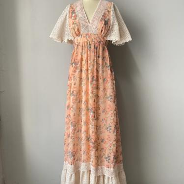 1970s Maxi Dress Floral Candi Jones Boho Gown S by dejavintageboutique
