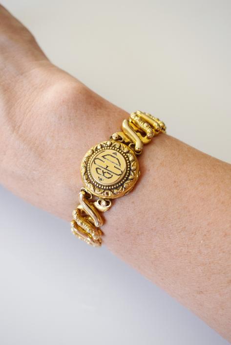 Antique Gold Sweetheart Locket Bracelet | 1910s-20s Victorian Revival Gold Expansion Bracelet | D.F.B. Co. Carmen | BED by wemcgee