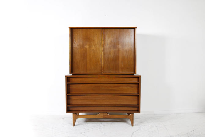 Vintage mcm tallboy dresser by Young and Co   Free delivery in NYC and Hudson areas by OmasaProjects