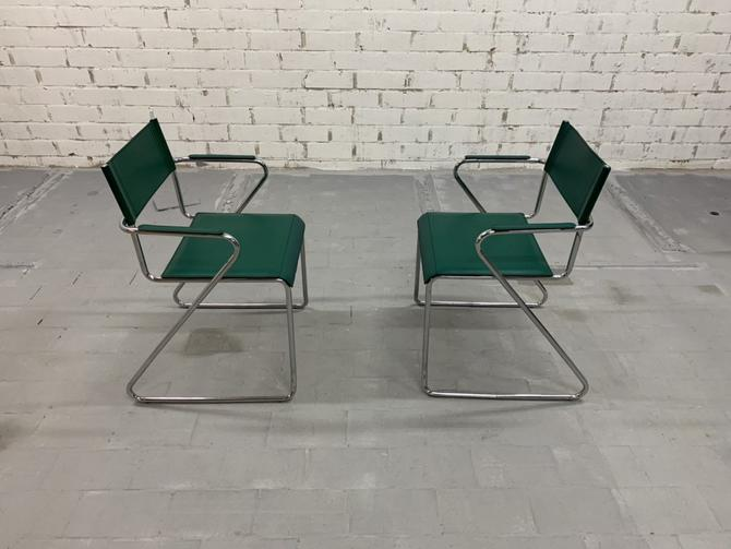 Rare 1980s Italian vintage Mid-Century Chrome Steel Designer Accent Side Chairs