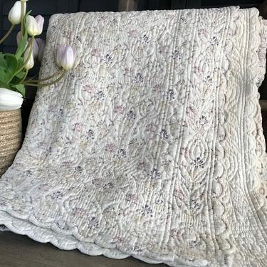 French Provencal Boutis Quilt, Heirloom Quilting Design, Bridal Wedding Trousseau Gift by JansVintageStuff
