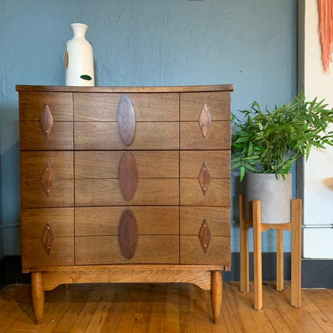 Funky Mid-Century 3 Drawer Dresser