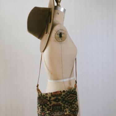 vtg kilim print crossbody purse by foganddriftwood