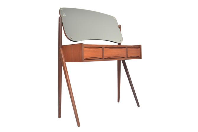 Danish Mid Century Modern Arne Vodder Teak V- Legged Vanity by MidCenturyMobler