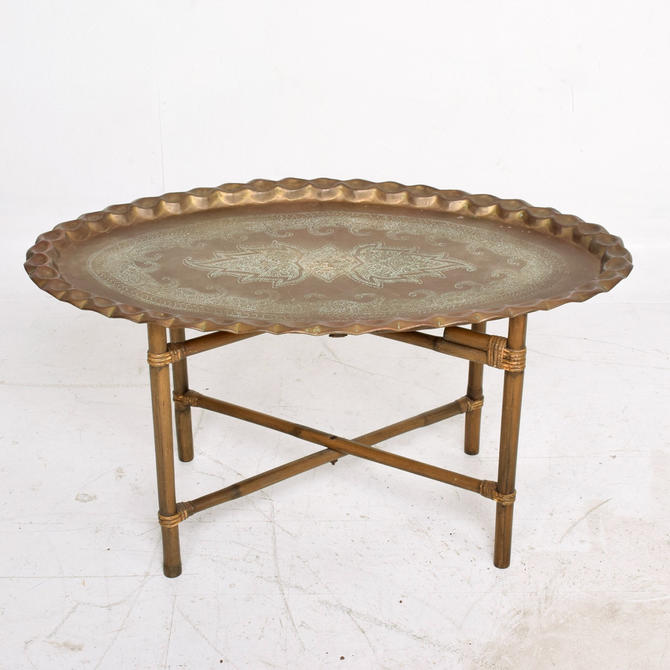 Scalloped Indian Brass & Bamboo Coffee Table Hollywood Regency Baker USA 1960s by AMBIANIC