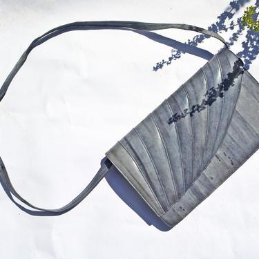 vintage 70s minimalist grey eel leather eelskin covertible clutch purse handbag 1970s classic chic gray handbag bag by levintagecult