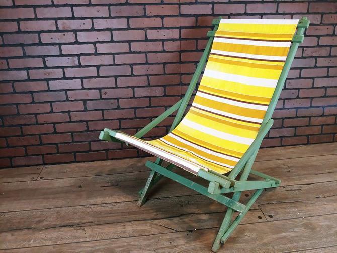Vintage Wood Green Rocking Fabric Folding Garden/Lawn/Beach Lounge Chair by RedsRustyRelics