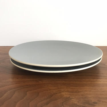 Pair of Sasaki Colorstone Dinner Plates in Matte Gray by Vignelli Designs by TheThriftyScout
