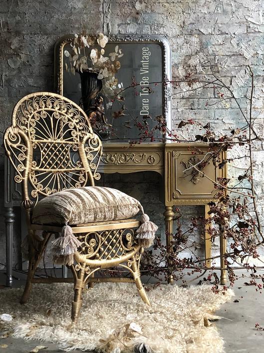 Vintage Painted Vanity Desk - Shabby Chic Vanity - Vintage Makeup Vanity - Dressing Table - Painted Vintage Furniture by DareToBeVintage