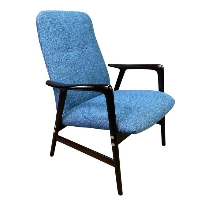 Vintage Scandinavian Mid Century Modern Lounge Chair by Alf Svensson for Dux by AymerickModern