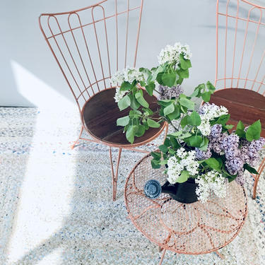 Pink Homecrest Patio Set Table and Chairs | Pink Metal Patio Furniture | Vintage Patio Set | Two Chairs and Table | Wire Outdoor Garden Set by PiccadillyPrairie