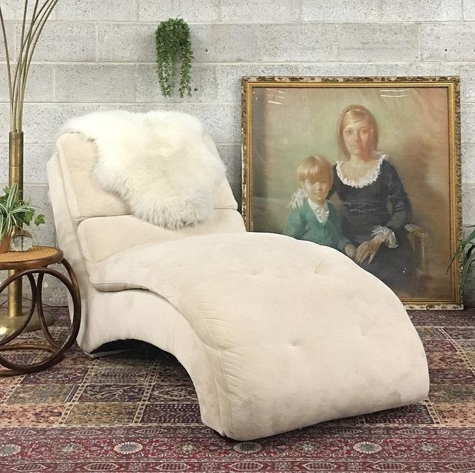 LOCAL PICKUP ONLY ———— Vintage Chaise Lounge by RetrospectVintage215