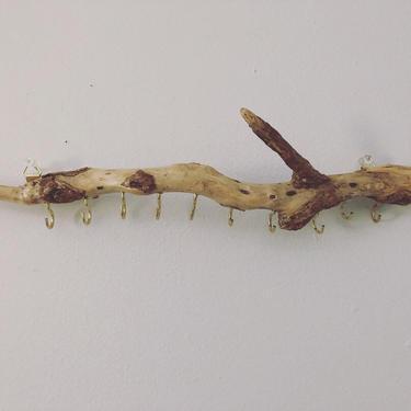 Driftwood jewelry display/organizer by emmaleejanedesign