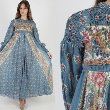 Vintage 70s Blue Smocked Dress / Full Sweeping Long Skirt Dress / Elastic Bust Bohemian Style / Romantic Festival Puff Sleeve Maxi Dress by americanarchive