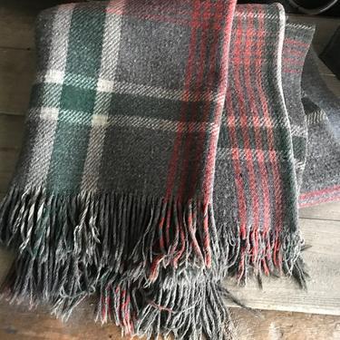 Wool Tartan Blanket, Plaid Stadium Throw, Lap Blanket, Car Rug, Cabin Decor, Gray Red Green Blanket by JansVintageStuff