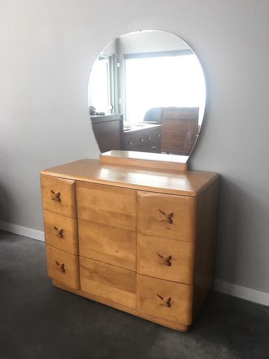vintage mid century modern Heywood Wakefield Rio 3 drawer dresser with mirror.