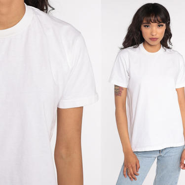 Plain White Shirt Vintage White Tee Shirt 80s T Shirt Basic Tee Normcore Crewneck TShirt 1980s Single Stitch Small Medium by ShopExile