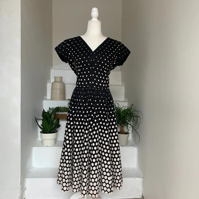 1950s Black And White Gradient Polka Dot Fit&Flare Circle Skirt Dress 40 Bust Vintage by AmalgamatedShop