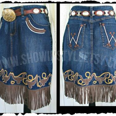 Wrangler Vintage Western Retro Cowgirl Skirt, Fringed Skirt with Longhorns & Lassos, Rockabilly Skirt, Tag Size Large (See meas. below) by ShowinStyle