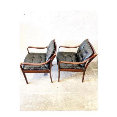 Fredrik Kayser for Vatne Mobler Model 108 Pair Mid Century Danish Lounge Chairs by FlipAtik