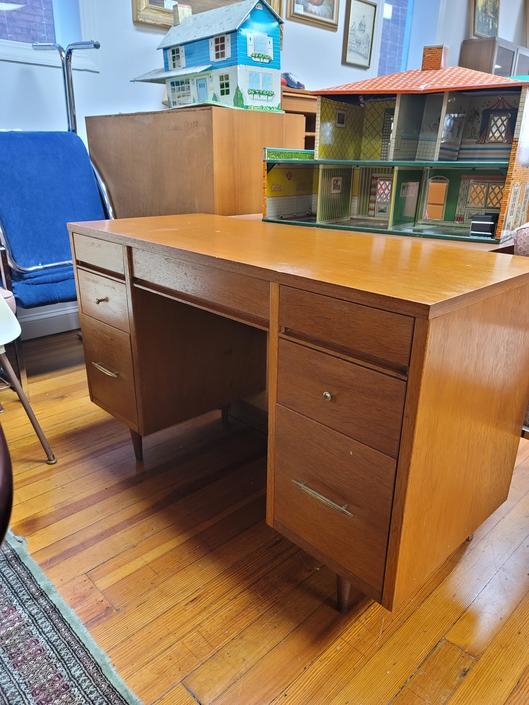 Mid-century Modern Small Desk