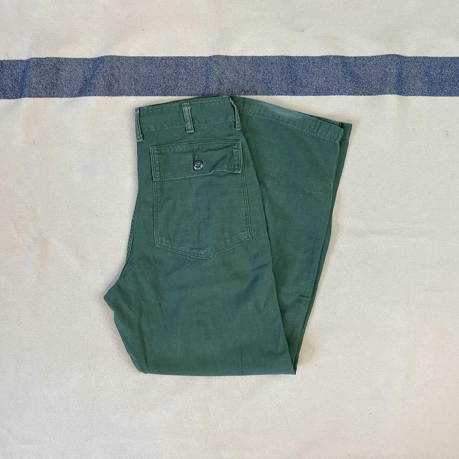 Size 28x30 1/2 Vintage 1960s US Army OG-107 Green Cotton Baker Fatigue Pants by Blue Bell by BriarVintage