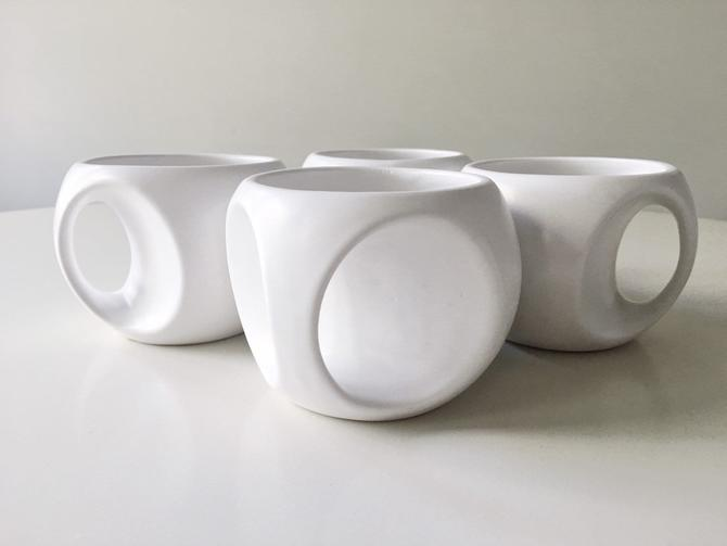 Sculptural Coffee cups Set for General Electric GE Graphic Sculpture Mid Century Designer 2 by CaribeCasualShop