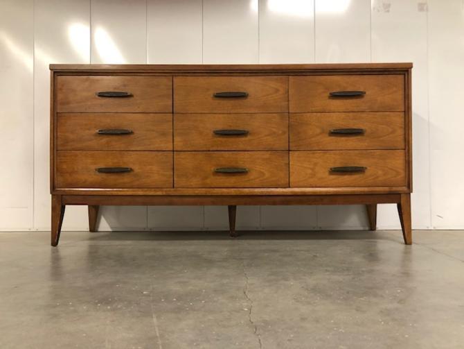 #623: Mid Century Triple Dresser