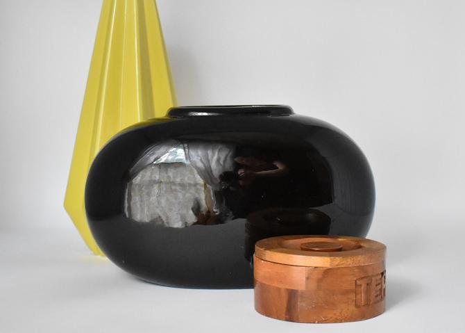Vintage Haeger Vase 1980s Black Oval Oblong Ceramic | 70s 80s 90s | Modern Clean Design | Masculine Bold Classic | Large Centerpiece Vase by LostandFoundHandwrks