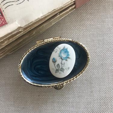 Blue Flower Pill Box